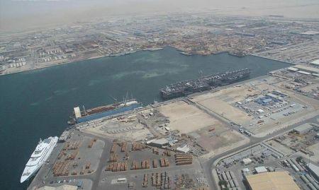 Puerto de Jebel Ali, 2007.