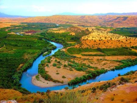 Rio Gran Zab, cerca de Erbil en el Kurdistán Iraquí.