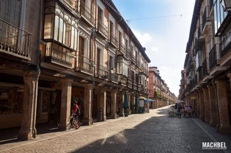 calle-mayor-o-antigua-juderia alcalá de  henares