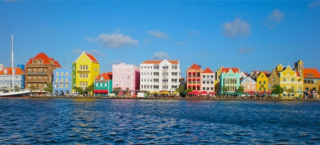 curacao-waterfront3